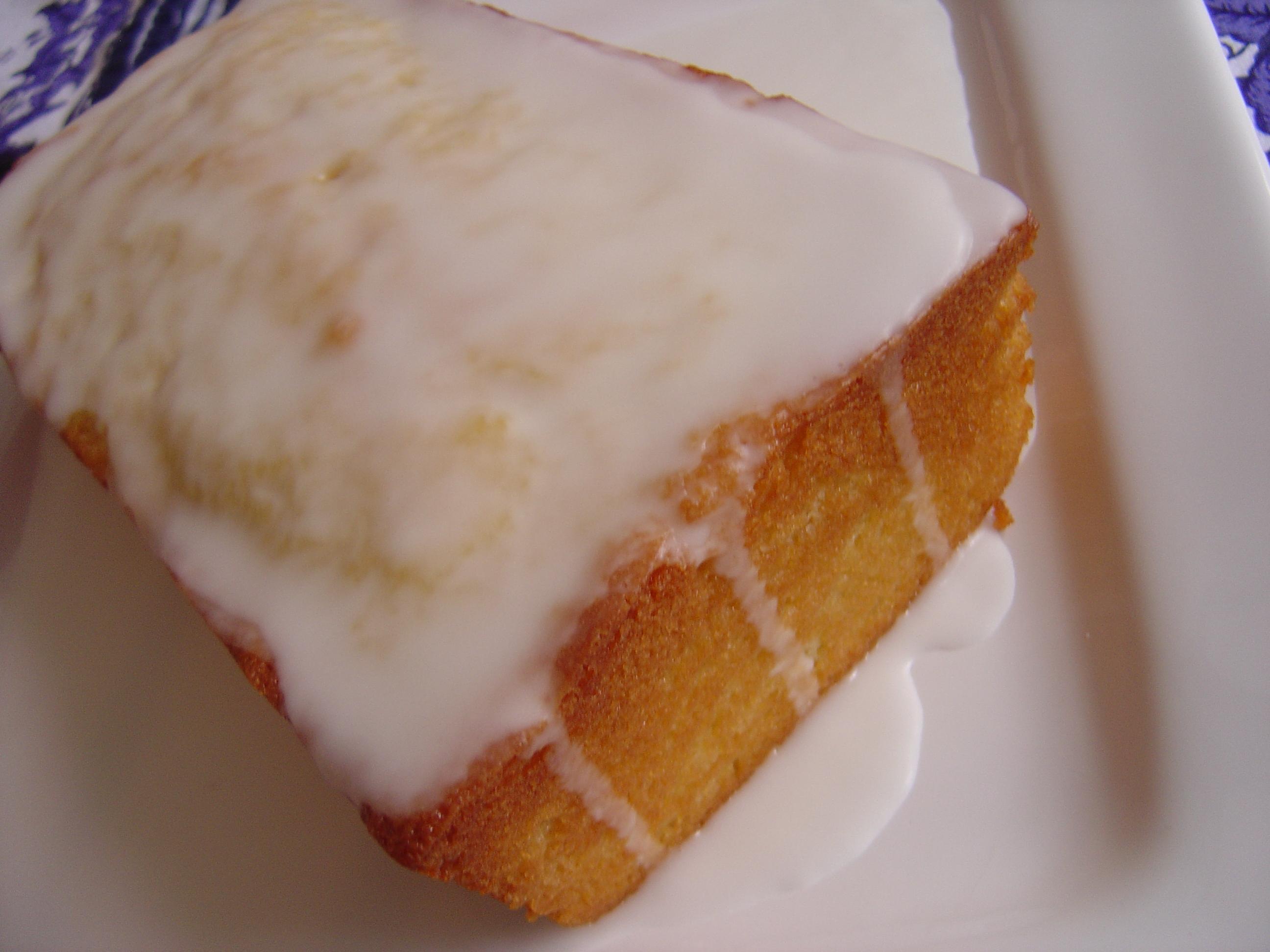 lemony lemon cake smells like home