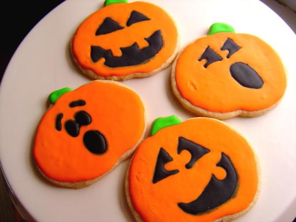pumpkincutouts1
