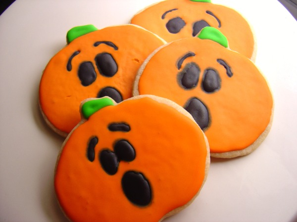pumpkincutouts2